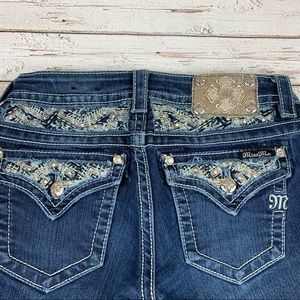Miss Me Jeans Size 26 Signature Boot